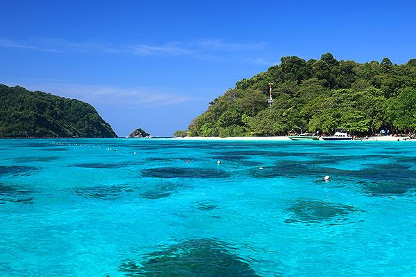 rock island koh lanta thailand