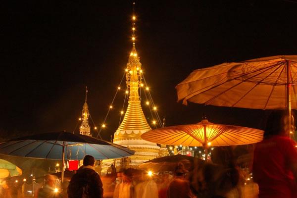 Night market at Mae Hong Son