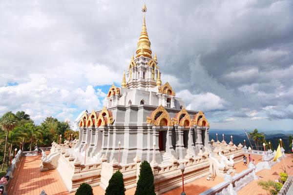 Doi Mae Salong temple
