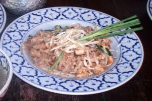pad thai recipe noodles chicken prawn