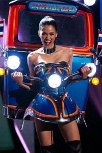miss tuk tuk thailand national costume winner miss universe 02